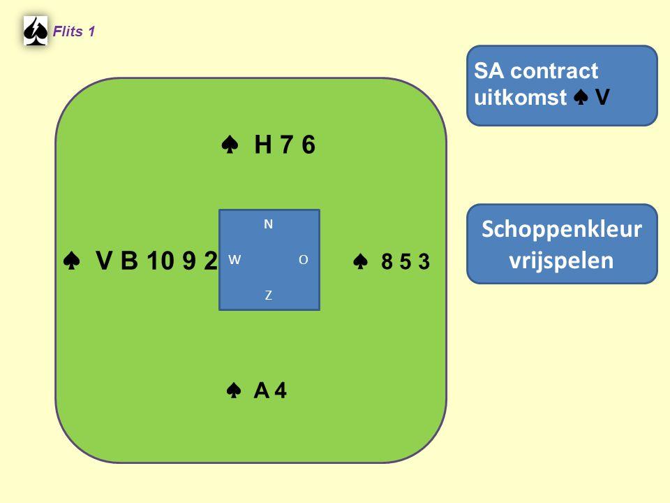 2 e Hand • – ♣ H4 ♣ AB963 ♣ 875 ♣ V102 Speel de ♣ 3 .