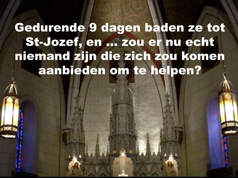 """De kapel werd gebouwd in de 19de eeuw. Maar toen de kapel """"af"""" was, stelden de kloosterzusters vast dat men de trap naar de eerste verdieping gewoon v"""