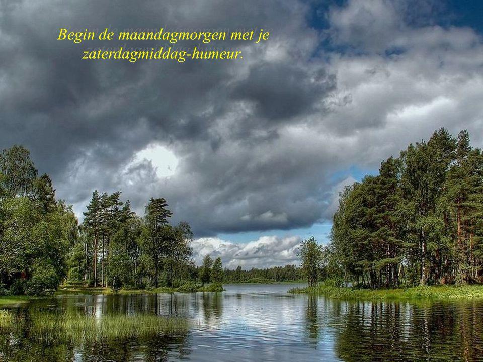 Wolken, water, bergen Grasduinen in vroegere spreuken van de Bond zonder Naam Muziek: Nachtegaal serenade Viktor Vogel