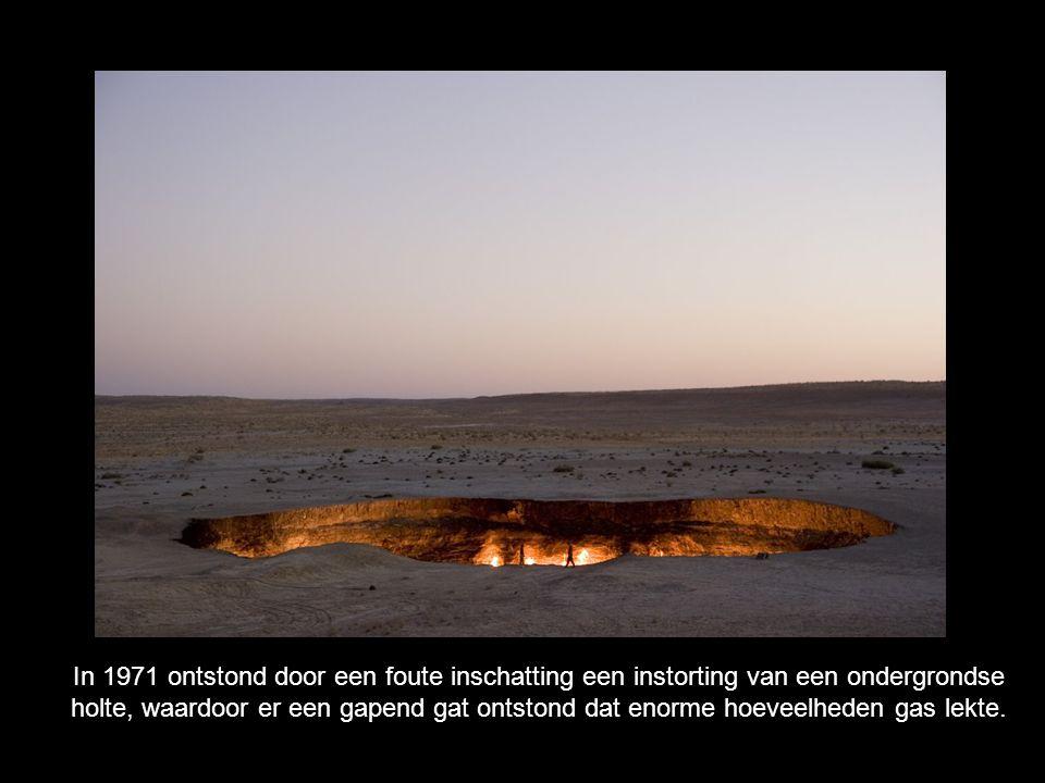 In 1971 ontstond door een foute inschatting een instorting van een ondergrondse holte, waardoor er een gapend gat ontstond dat enorme hoeveelheden gas