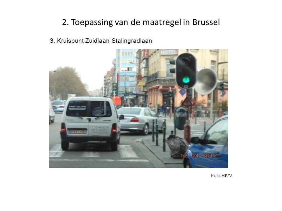 2. Toepassing van de maatregel in Brussel 3. Kruispunt Zuidlaan-Stalingradlaan Foto BIVV