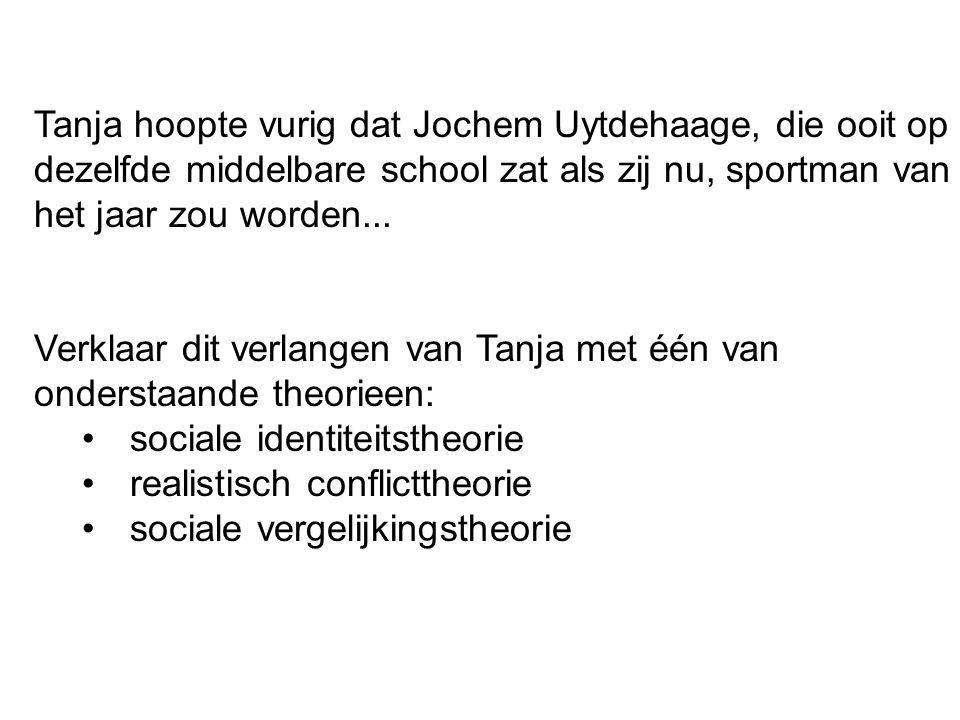 Tanja hoopte vurig dat Jochem Uytdehaage, die ooit op dezelfde middelbare school zat als zij nu, sportman van het jaar zou worden... Verklaar dit verl