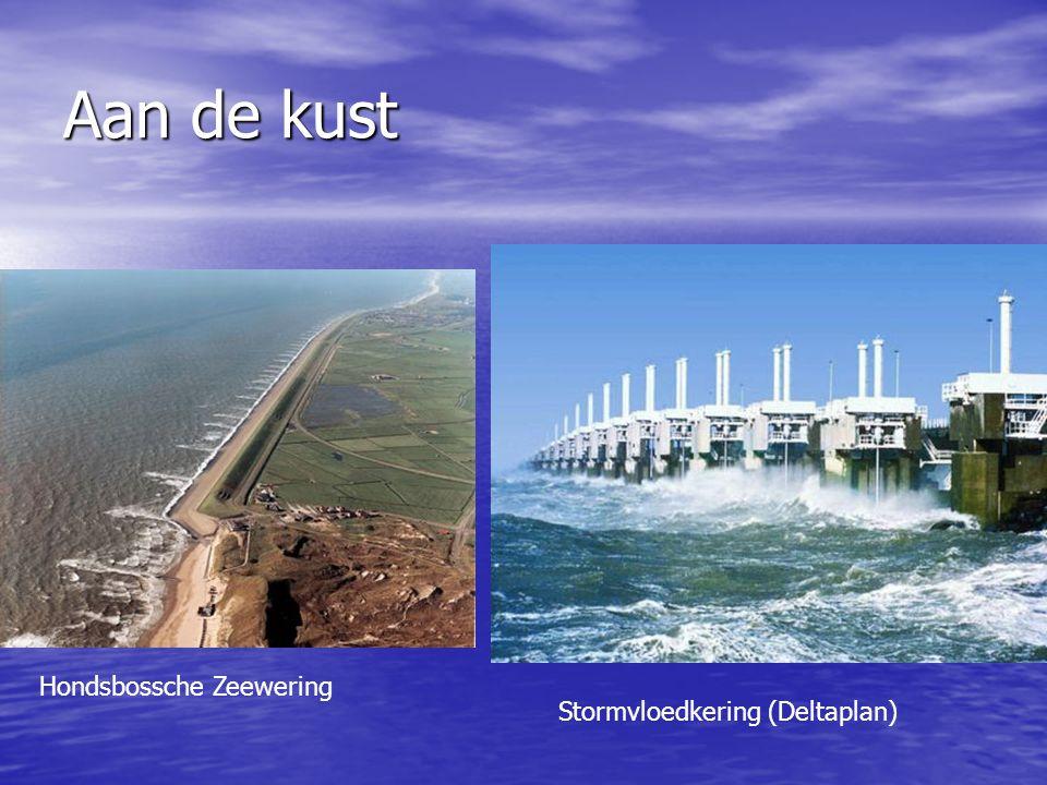 Aan de kust Stormvloedkering (Deltaplan) Hondsbossche Zeewering