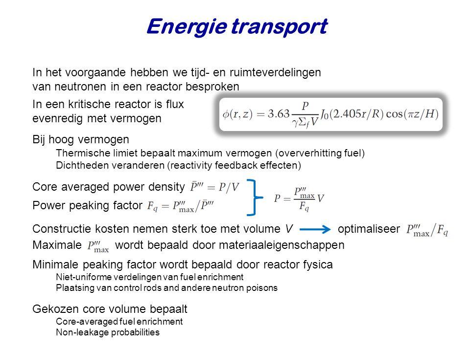 In het voorgaande hebben we tijd- en ruimteverdelingen van neutronen in een reactor besproken In een kritische reactor is flux evenredig met vermogen
