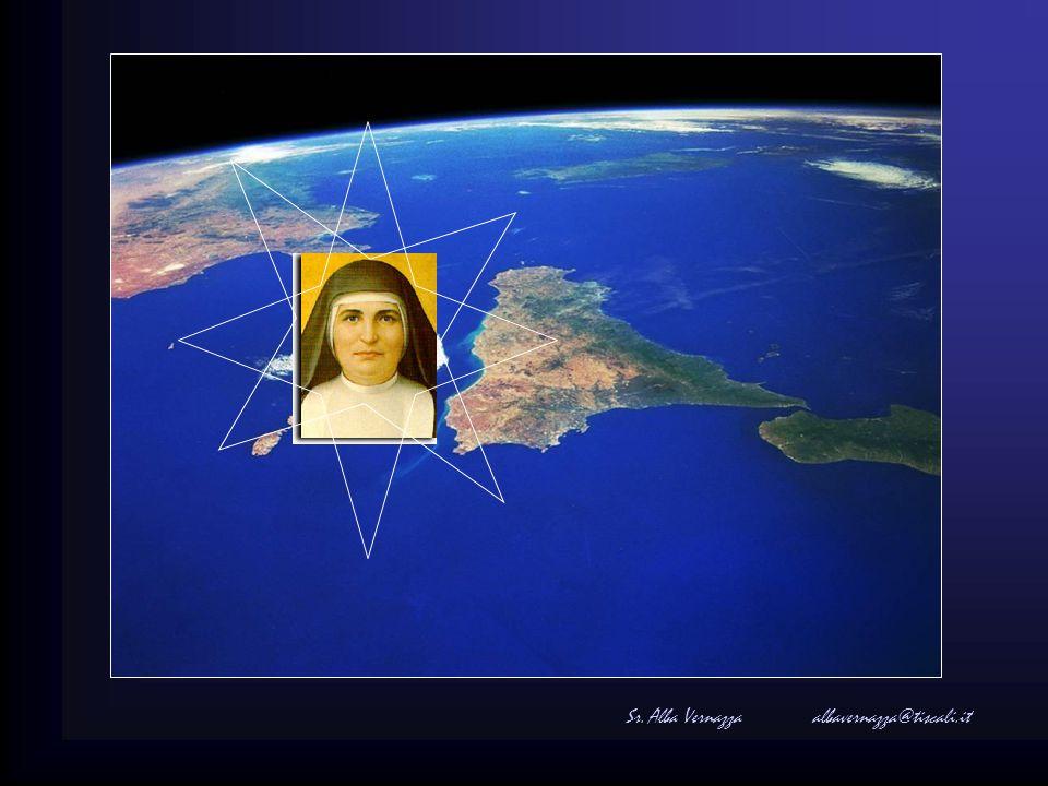 In dezelfde stad waar ze was gestorven, heeft Johannes Paulus II haar zalig verklaard op 5 novembre 1994.
