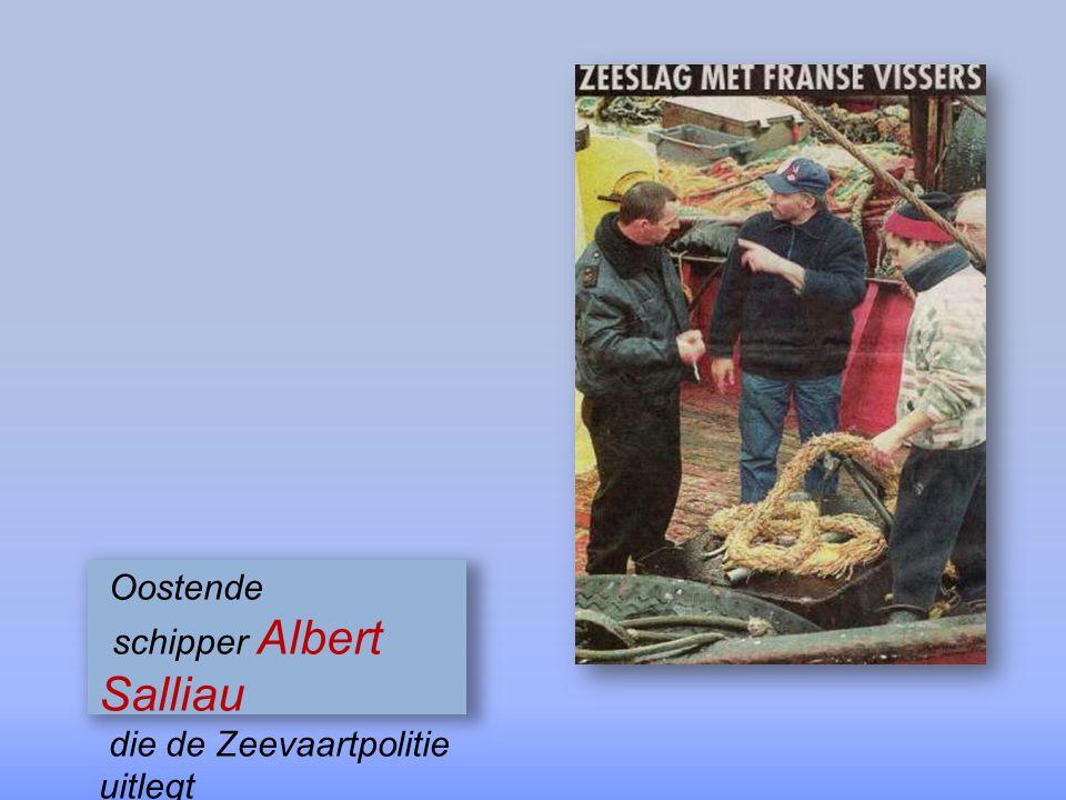 Fransen werpen metalen projectielen & laten trossen in de schroeven draaien