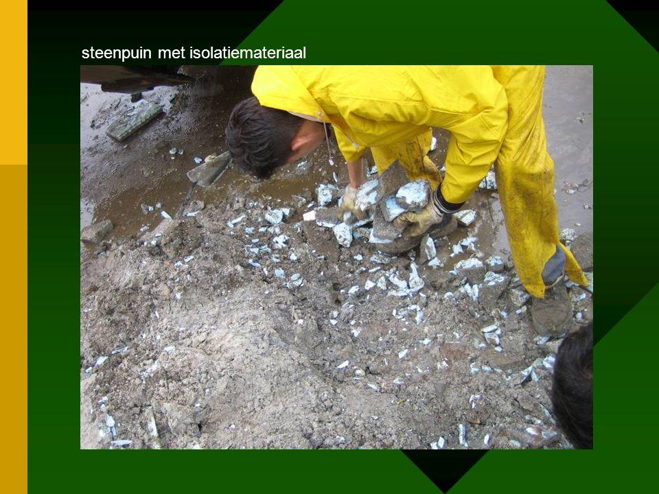 steenpuin met isolatiemateriaal