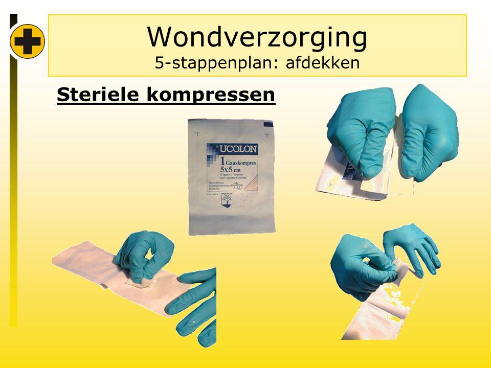Wondverzorging 5-stappenplan: afdekken Steriele kompressen