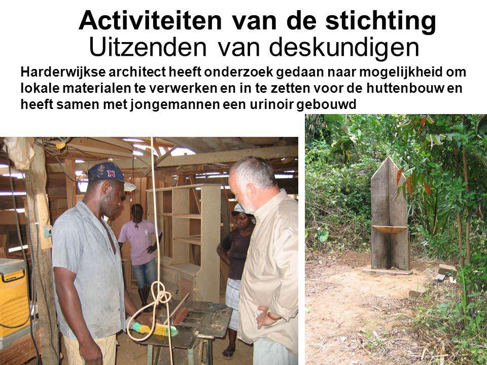 1-7-2014Stichting Teeifuka Activiteiten van de stichting Harderwijkse architect heeft onderzoek gedaan naar mogelijkheid om lokale materialen te verwerken en in te zetten voor de huttenbouw en heeft samen met jongemannen een urinoir gebouwd Uitzenden van deskundigen
