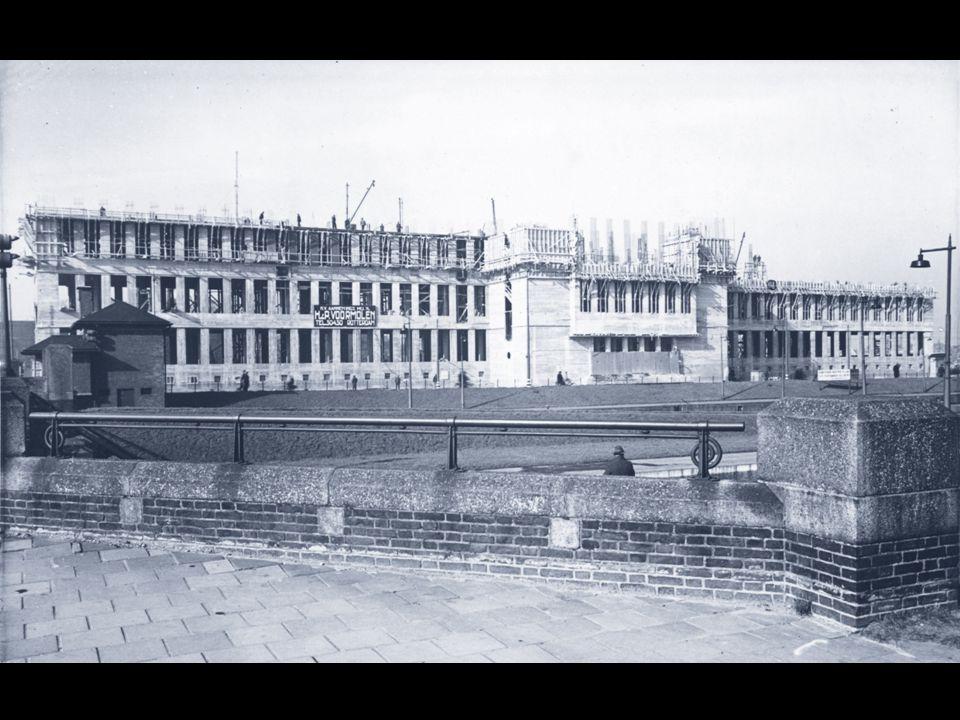 OPEN MONUMENTENDAG 2011 Tijdens de Tweede Wereldoorlog is de bouw stilgelegd.