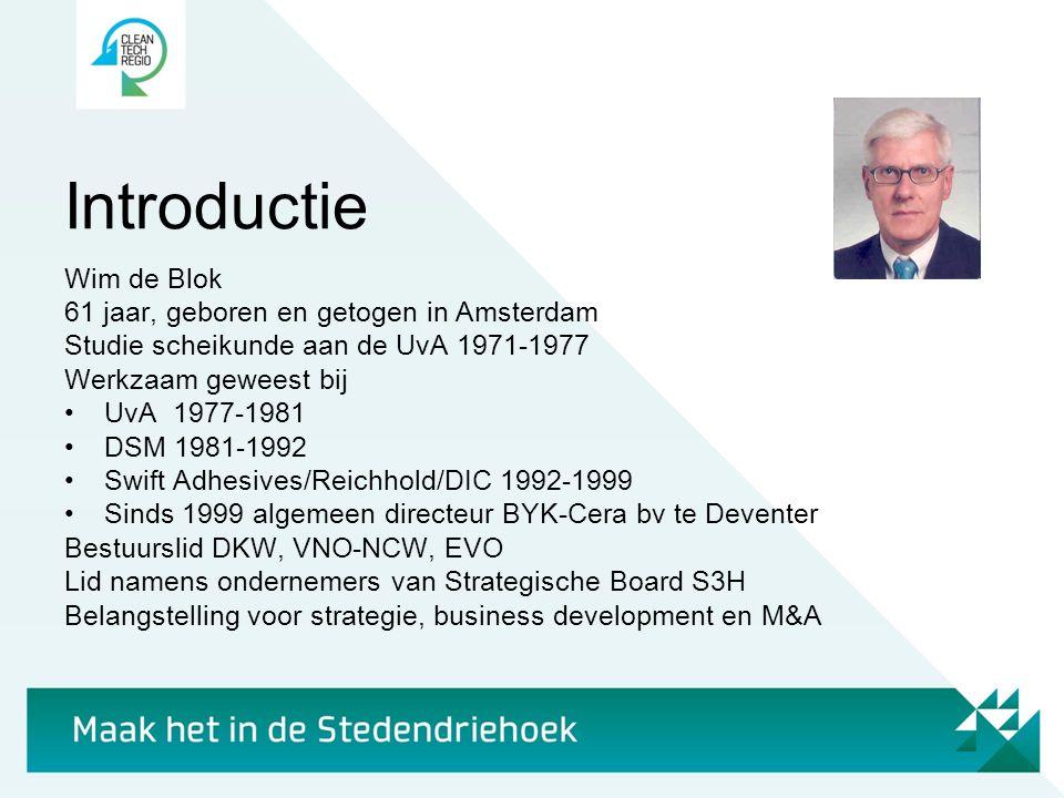 Introductie Wim de Blok 61 jaar, geboren en getogen in Amsterdam Studie scheikunde aan de UvA 1971-1977 Werkzaam geweest bij •UvA 1977-1981 •DSM 1981-