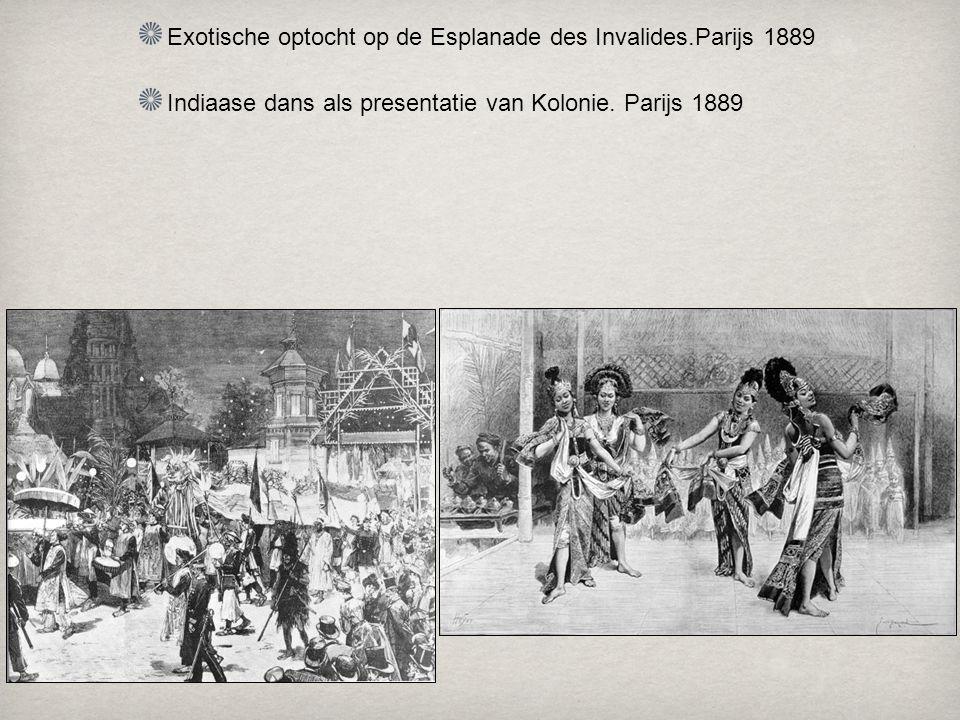 Exotische optocht op de Esplanade des Invalides.Parijs 1889 Indiaase dans als presentatie van Kolonie.