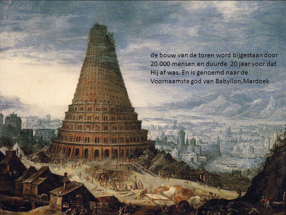 de bouw van de toren word bijgestaan door 20.000 mensen en duurde 20 jaar voor dat Hij af was.