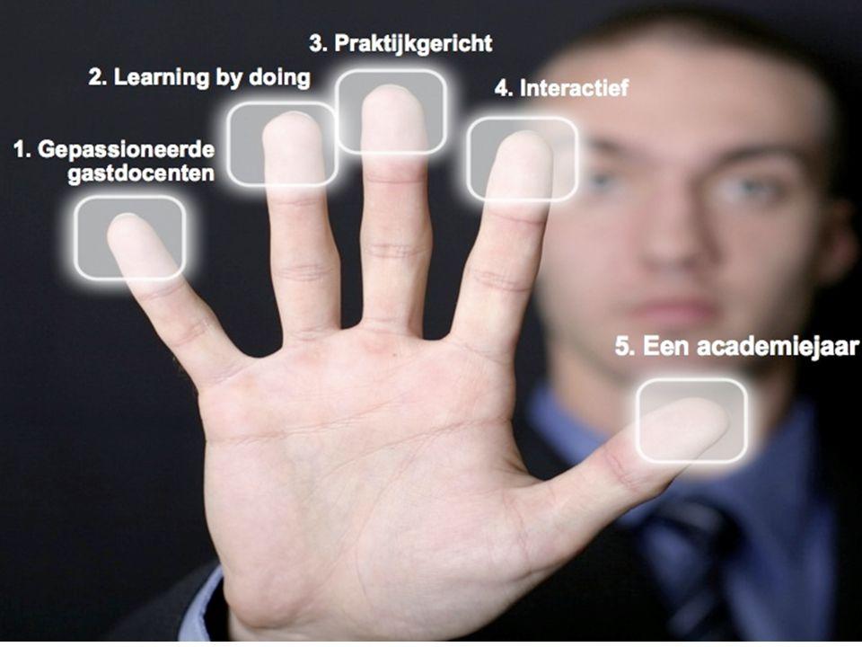 EHSAL Management School (EMS) • Langlopende managementprogramma's inzake: -Bedrijfskunde -Corporate performance management (CPM) -Projectmanagement -IT strategie en organisatie -HRM -PMP preparation courses