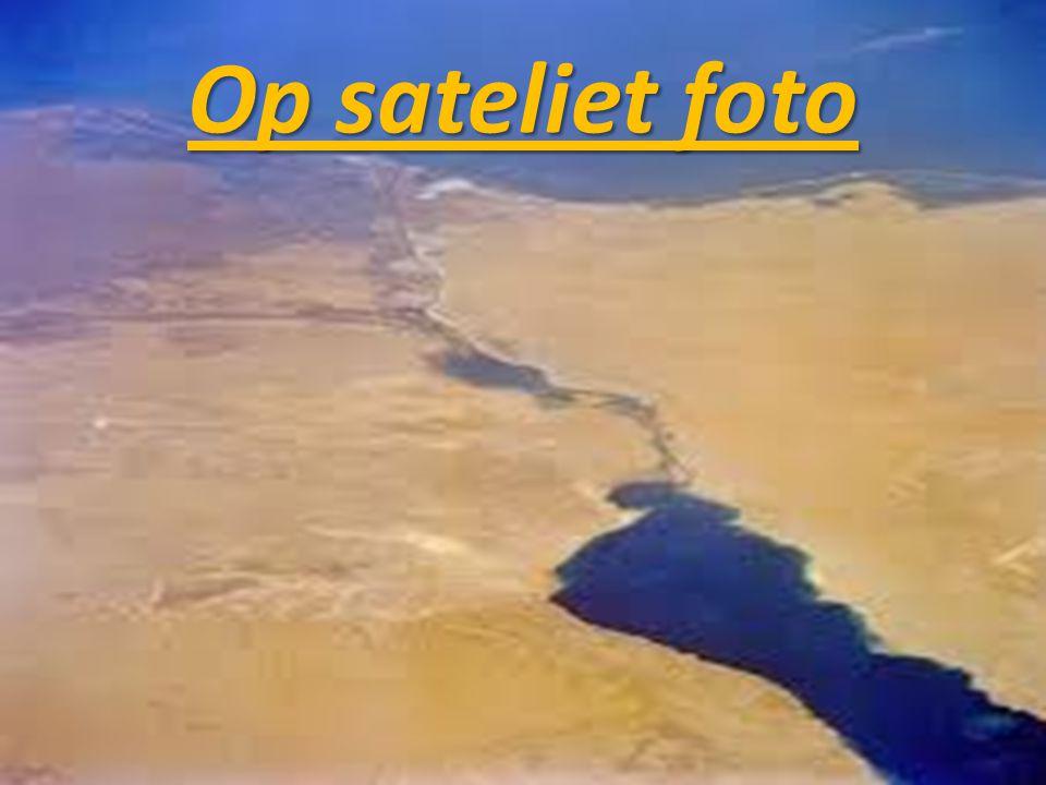 Op sateliet foto