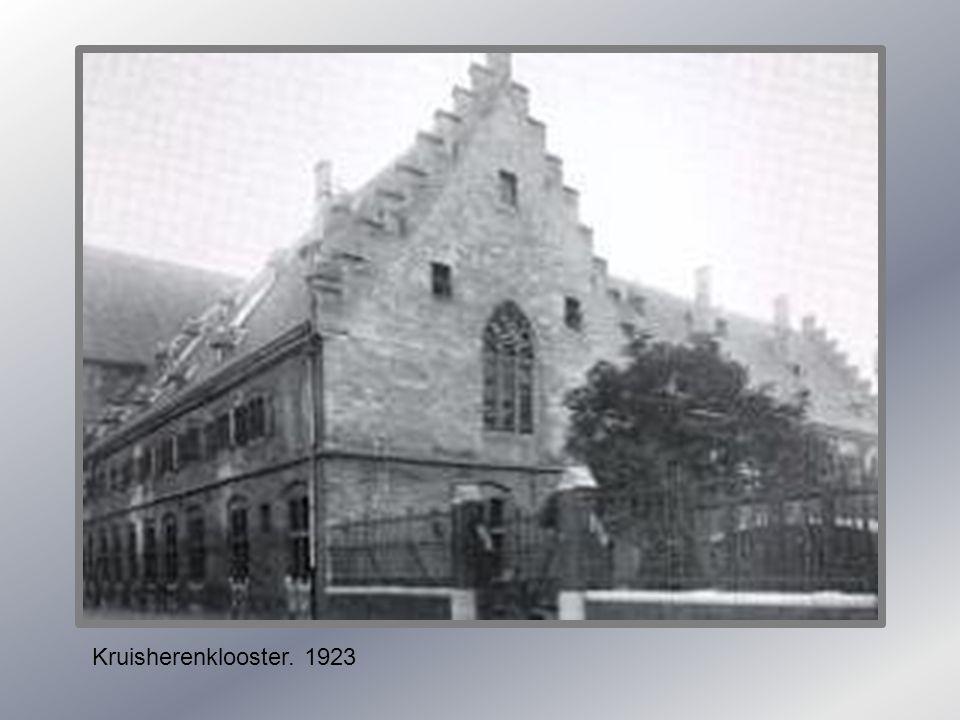 Kommel. Met zicht op Kruisherengang. 1930