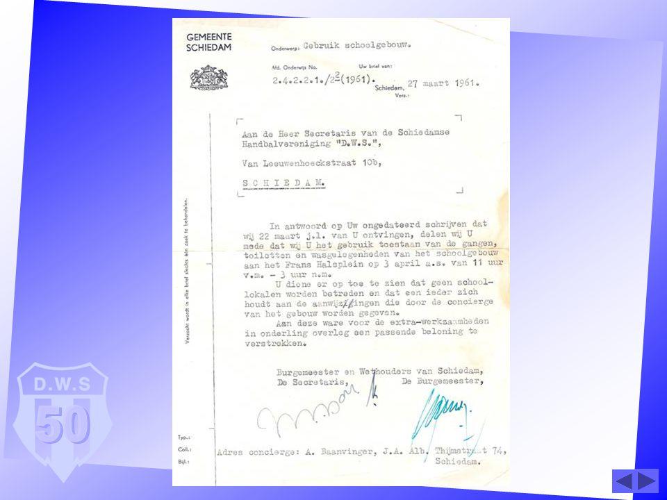 De eerste paal voor sporthal Margriet werd in 1964 geslagen D.W.S.