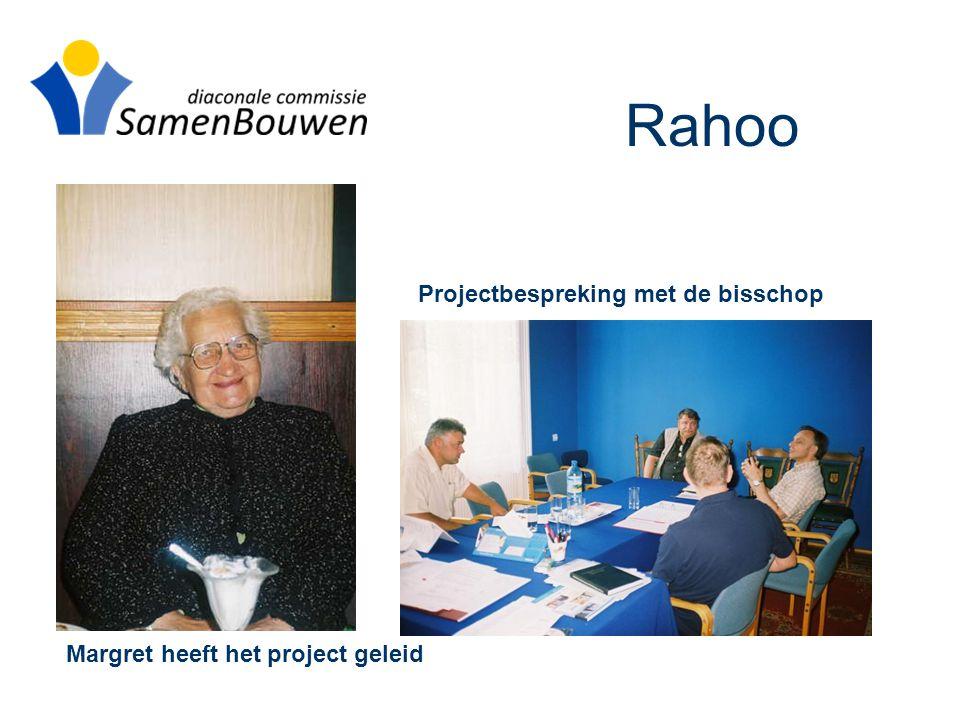 Rahoo Margret heeft het project geleid Projectbespreking met de bisschop