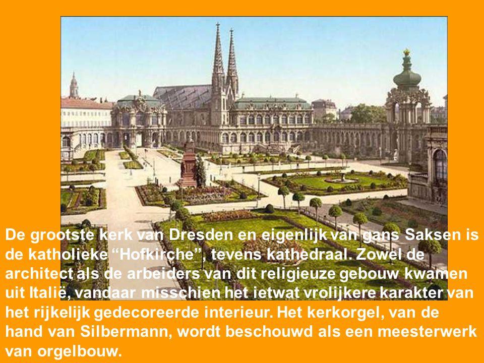 De Gouden Eeuw van de Saksische hoofdstad was de regeerperiode van Frederik August II en zijn zoon Frederik August III (1694-1763). Uit deze tijd date