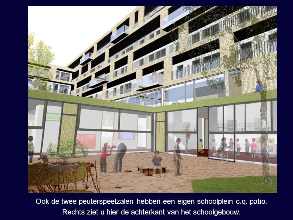 Ook de twee peuterspeelzalen hebben een eigen schoolplein c.q. patio. Rechts ziet u hier de achterkant van het schoolgebouw.