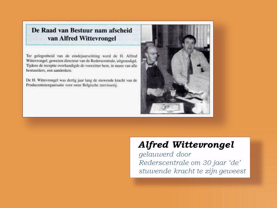 Bart Schiltz midden voorzitter Rederscentrale met links : de eerste Nederlandse reder als beheerraadslid