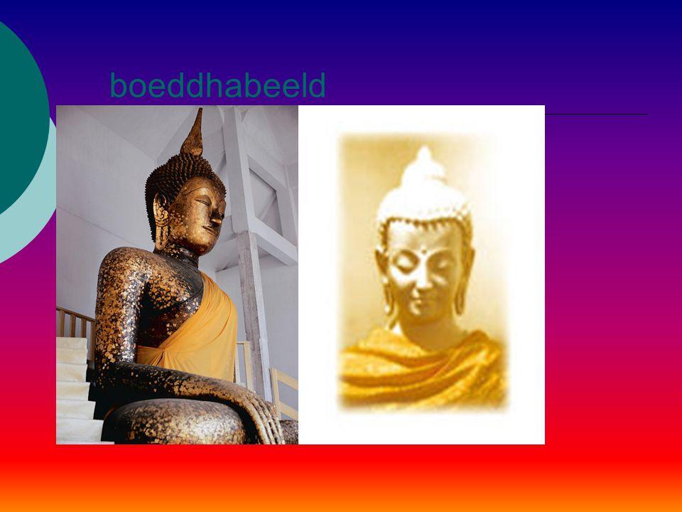 ontwikkeling  Nadat Boeddha zijn monniken zijn lering had bijgebracht, volgde een voorspoedige start van het Boeddhisme. Na enige tijd ontstond de be