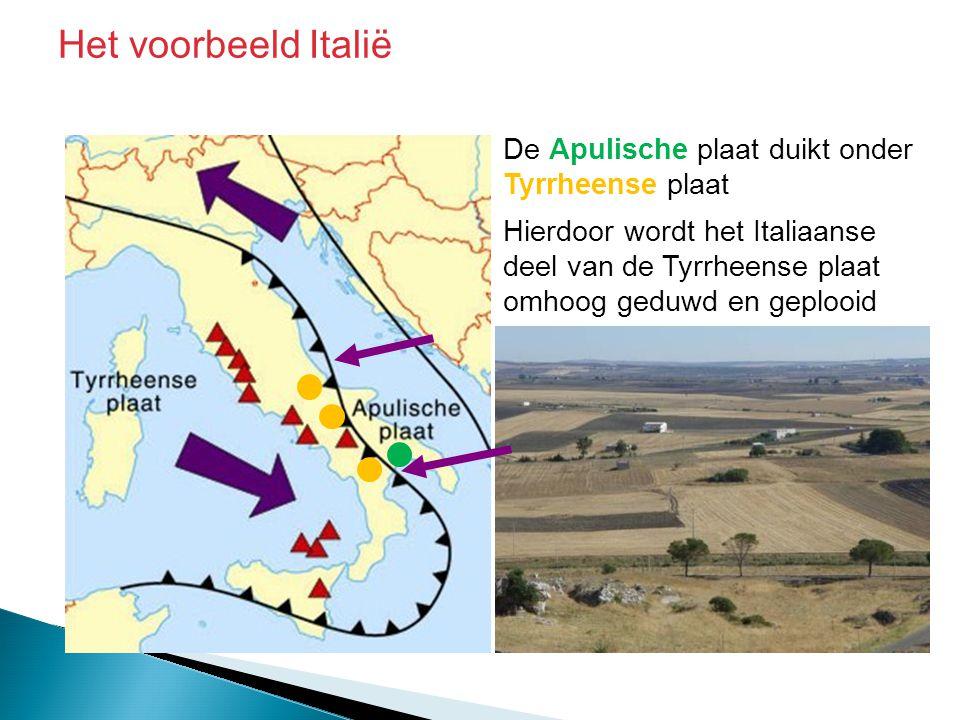 De Apulische plaat duikt onder Tyrrheense plaat Hierdoor wordt het Italiaanse deel van de Tyrrheense plaat omhoog geduwd en geplooid Het voorbeeld Ita