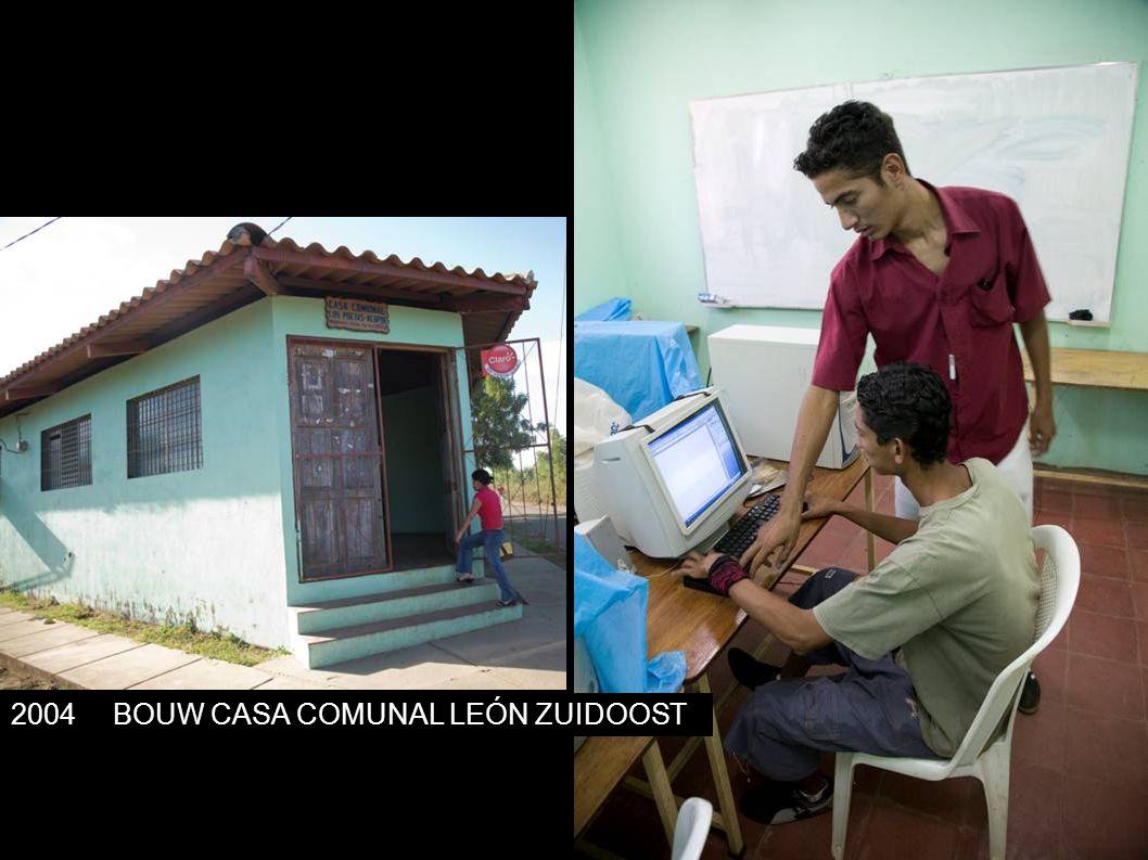2004BOUW CASA COMUNAL LEÓN ZUIDOOST