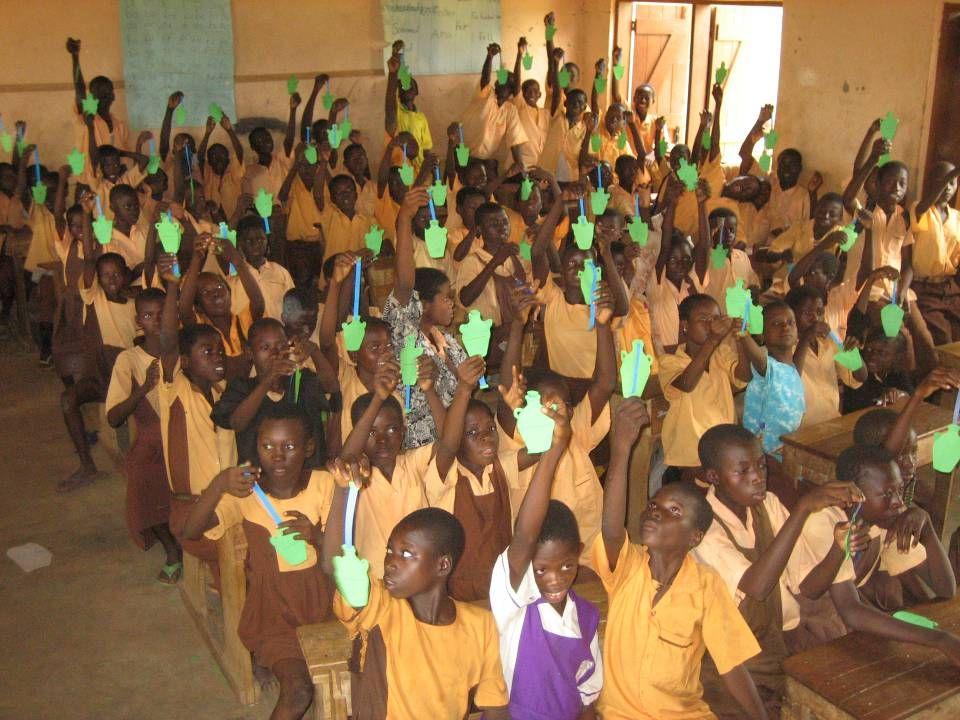 Ghana Sinds 1991 45 projecten GH108 Lambinzi school de Pijler GH208 Nakpanduri staf woningen 16-23 jr GH308 Gororo kliniek 16-23 jr