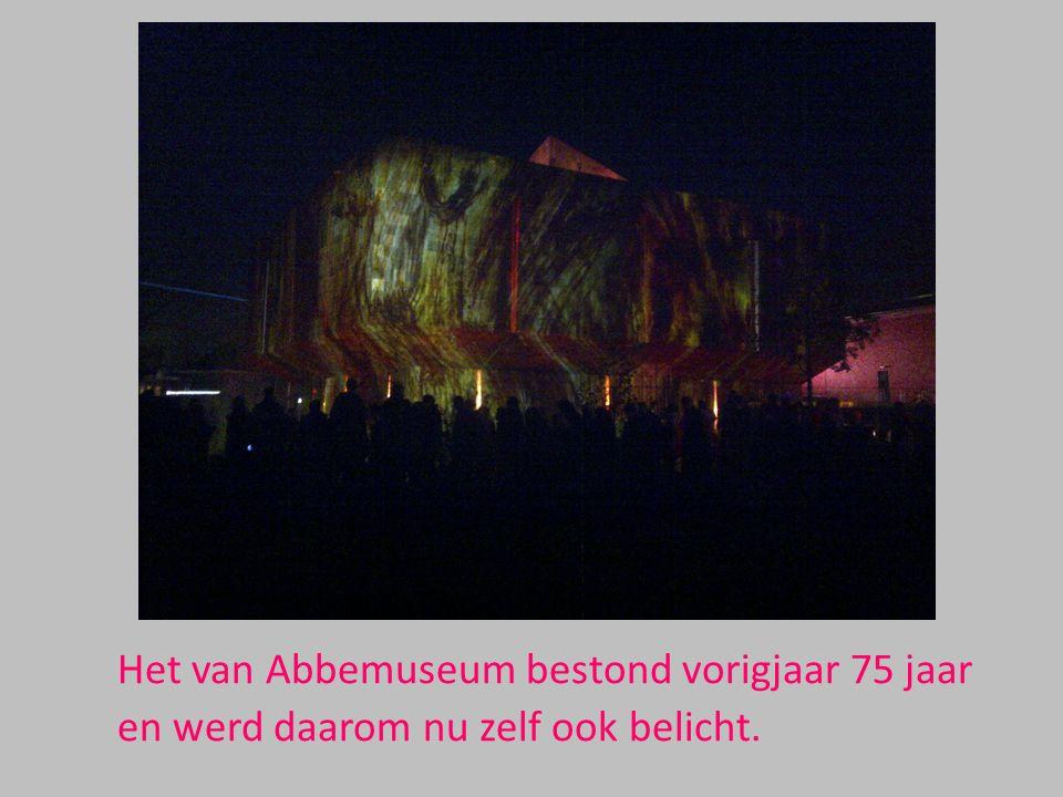 Het van Abbemuseum bestond vorigjaar 75 jaar en werd daarom nu zelf ook belicht.