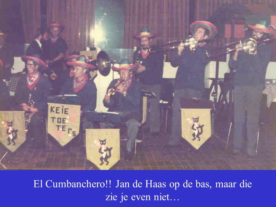 El Cumbanchero!! Jan de Haas op de bas, maar die zie je even niet…