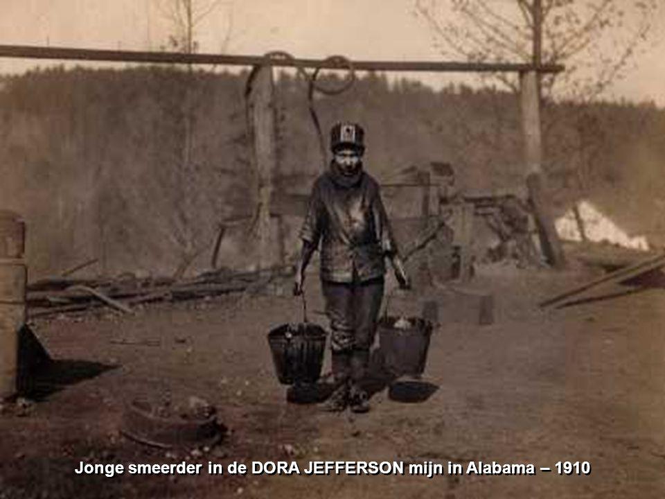 Jonge smeerder in de DORA JEFFERSON mijn in Alabama – 1910