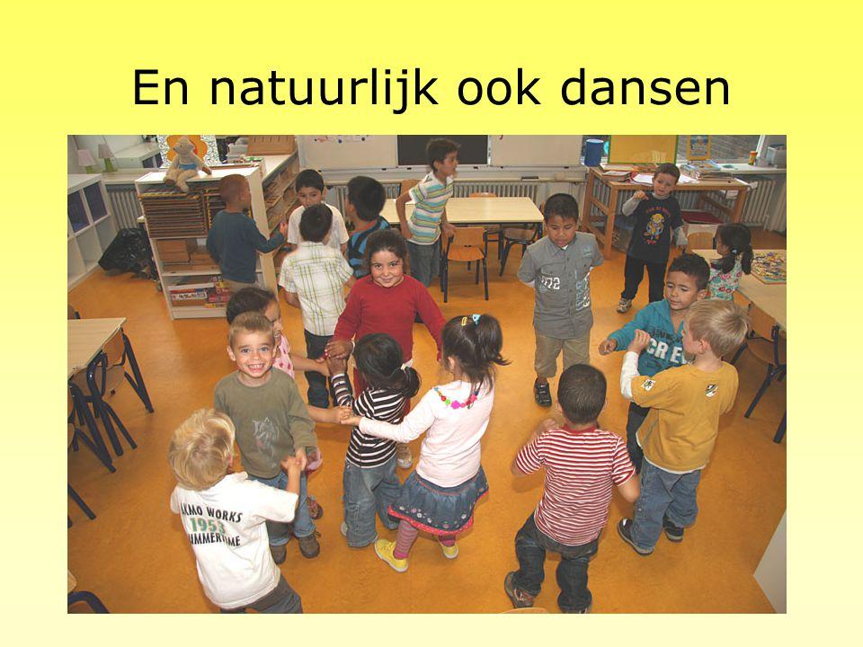 Schrijfdans Schrijfdans is een unieke schrijf en bewegingsmethode om kinderen vlot, vloeiend en veerkrachtig te leren schrijven. Leren schrijven met s