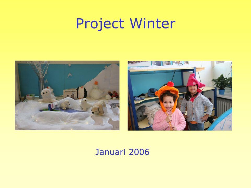Het plakboek mag mee Bij elk project komt er een werkje in het plakboek van je kleuter. Met de kerst- en zomervakantie mag het plakboek mee naar huis.