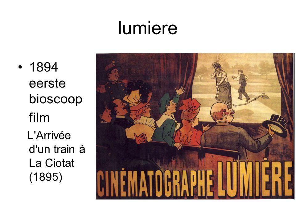 lumiere •1894 eerste bioscoop film L'Arrivée d'un train à La Ciotat (1895)