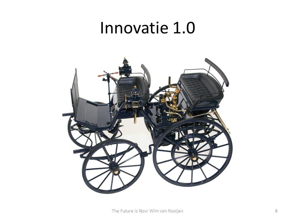 Innovatie 1.0 • Neem het bestaande en vervang het minimaal noodzakelijke • Twee eeuwen later worden er nog steeds koetsen gemaakt • Geen enkele koetsenbouwer is autofabrikant geworden – Ze verkochten koetsen geen mobiliteit – Technologie gaf mobiliteit een totaal andere 'lading' The Future is Now9