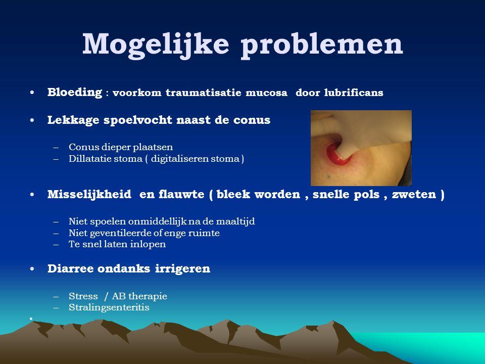 Mogelijke problemen • Bloeding : voorkom traumatisatie mucosa door lubrificans • Lekkage spoelvocht naast de conus –Conus dieper plaatsen –Dillatatie