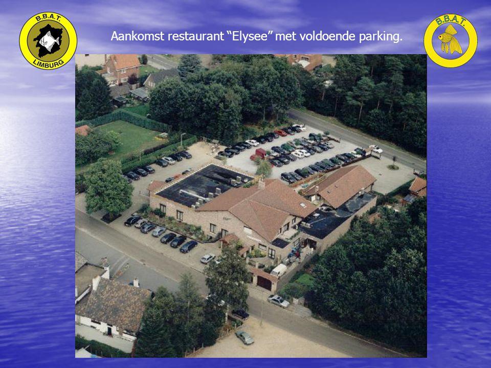 Aankomst restaurant Elysee met voldoende parking.