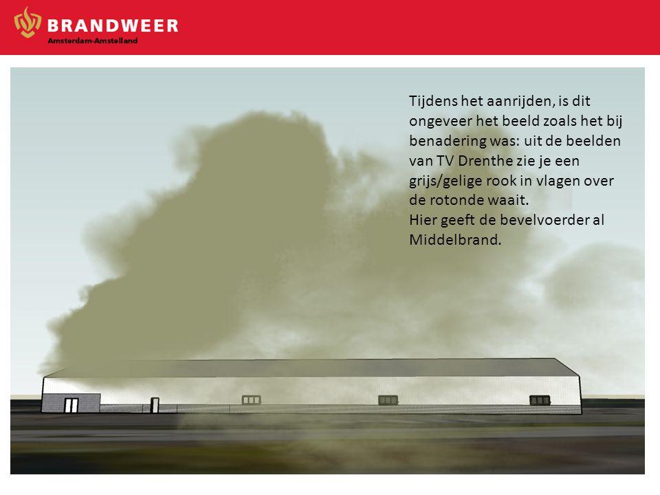 Tijdens het aanrijden, is dit ongeveer het beeld zoals het bij benadering was: uit de beelden van TV Drenthe zie je een grijs/gelige rook in vlagen ov