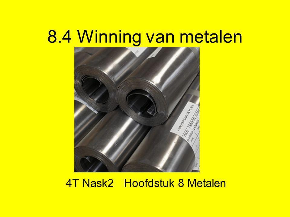 Grondstof voor metalen •In de aarde zitten metaalverbindingen.