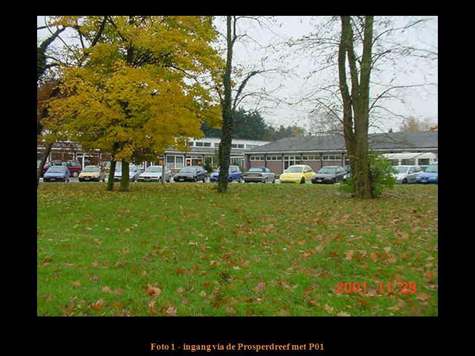 Foto 1 - ingang via de Prosperdreef met P01