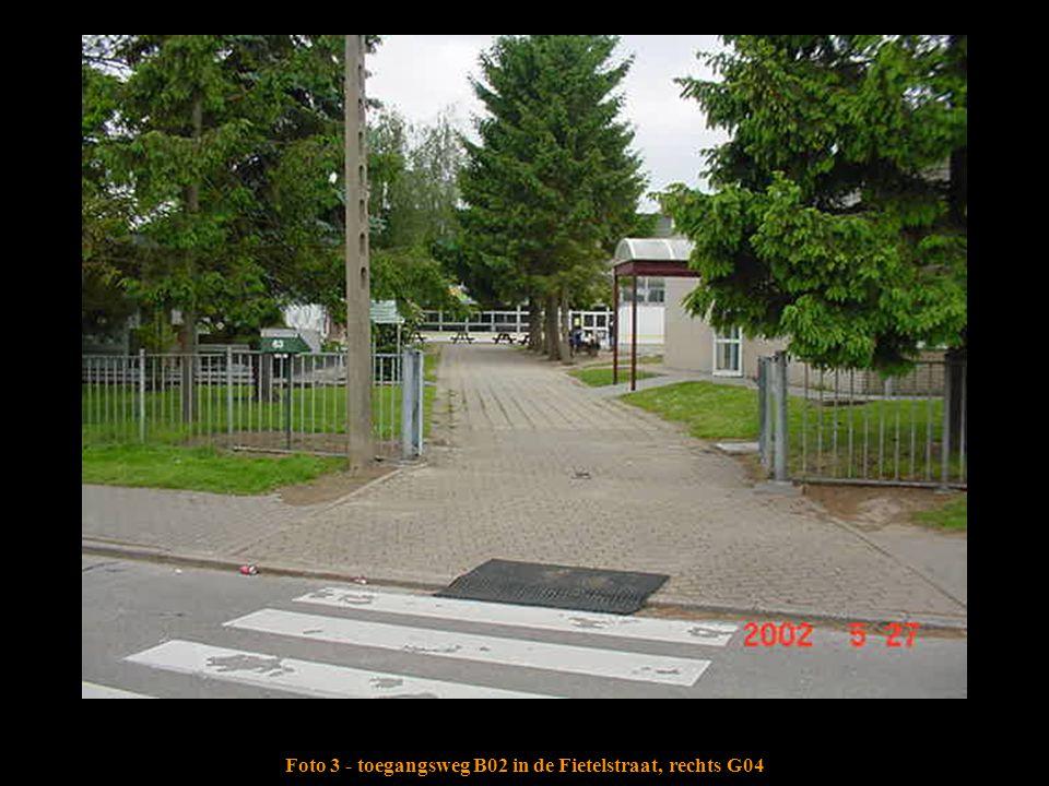Foto 3 - toegangsweg B02 in de Fietelstraat, rechts G04