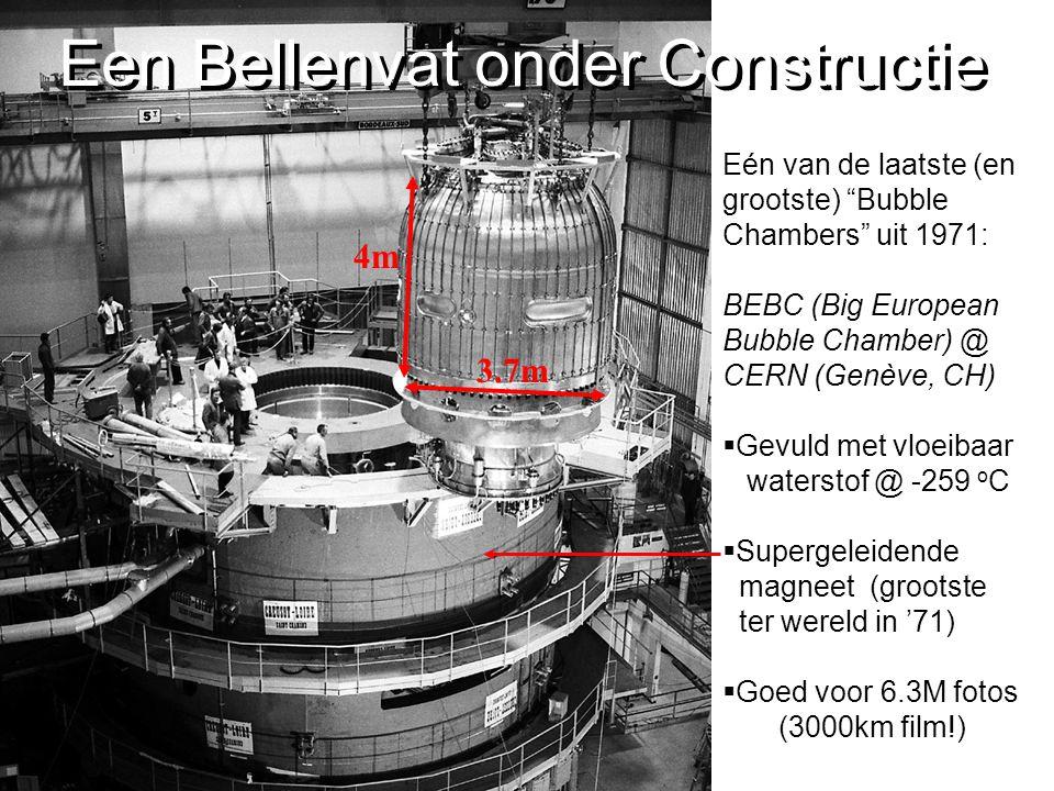 """Eén van de laatste (en grootste) """"Bubble Chambers"""" uit 1971: BEBC (Big European Bubble Chamber) @ CERN (Genève, CH)  Gevuld met vloeibaar waterstof @"""