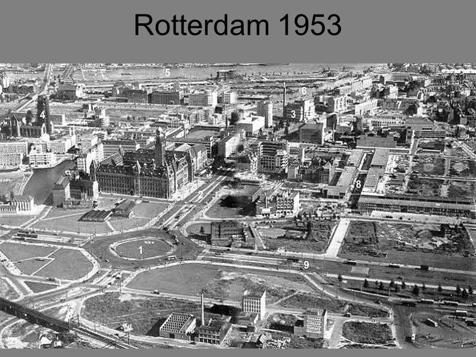 Zo zag het centrum van Rotterdam eruit in 1953.1.