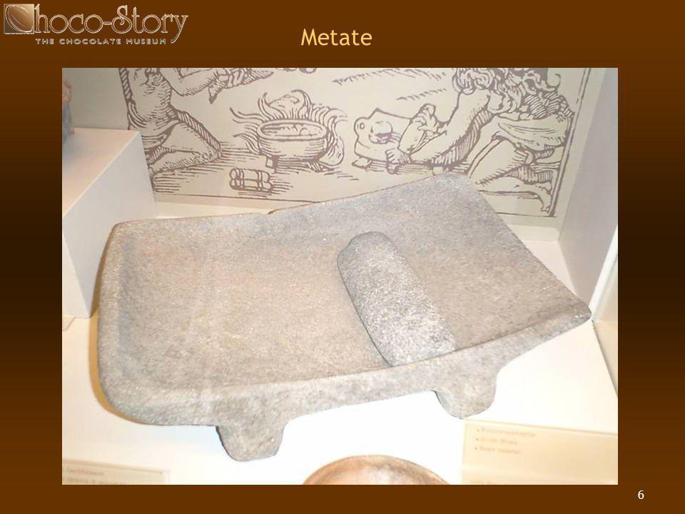 17 De cacaoboon werd een betaalmiddel  Men kon een konijn kopen voor 10 bonen en een slaaf in goede gezondheid voor 100 bonen  Moctezuma, de koning van de Azteken, was heel rijk  Hij bezat een voorraad van 960 miljoen bonen  Theoretisch kon hij daar dus 96 miljoen konijnen mee kopen of 9,6 miljoen slaven d.w.z.