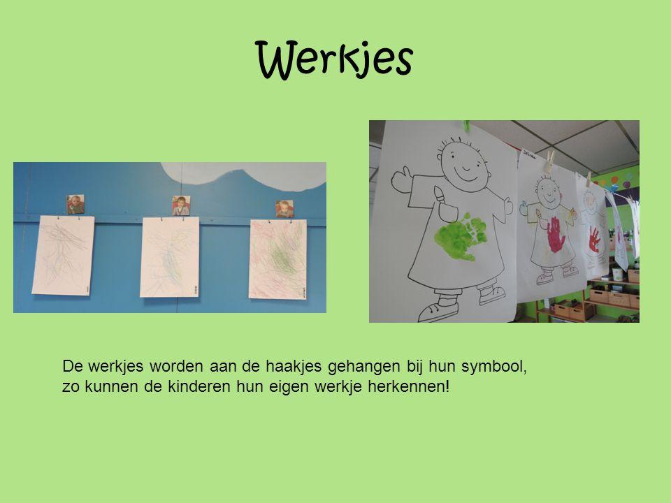 Werkjes De werkjes worden aan de haakjes gehangen bij hun symbool, zo kunnen de kinderen hun eigen werkje herkennen!