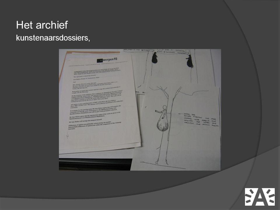 Het archief kunstenaarsdossiers,