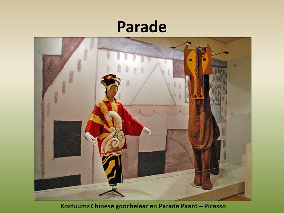 Parade Kostuums Chinese goochelaar en Parade Paard – Picasso