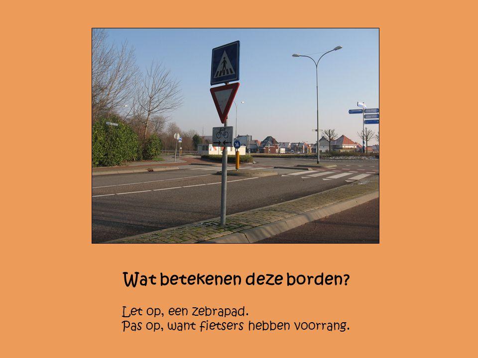 Waarom staat dit bord op de autoweg? Om reclame te maken en om de weg naar de supermarkt te wijzen.