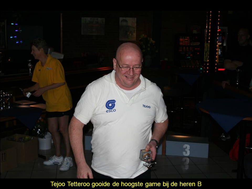 Tejoo Tetteroo gooide de hoogste game bij de heren B